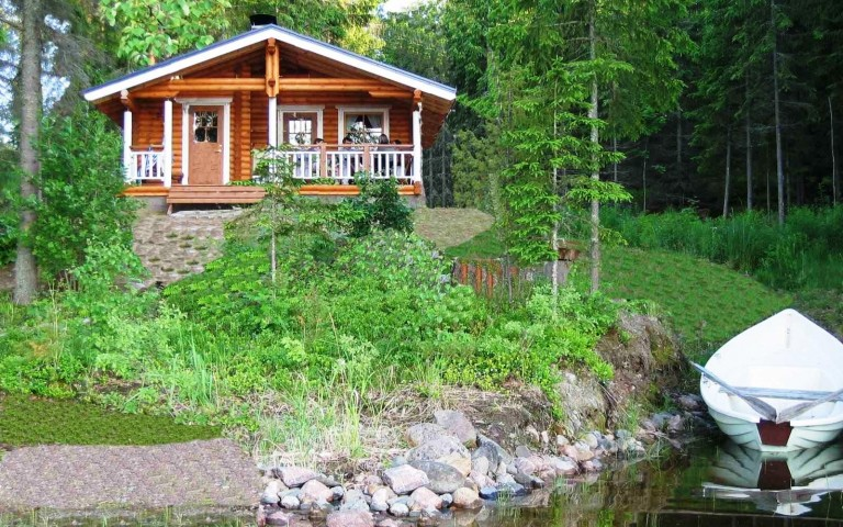 Mökki – Sommerhaus am See