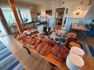 Aamiainen Lomamökkilässä Savonlinnassa