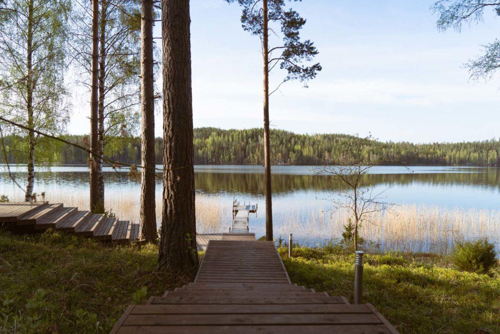 Maisema Saimaalle Halla & Nature Design Villasta Anttolassa.