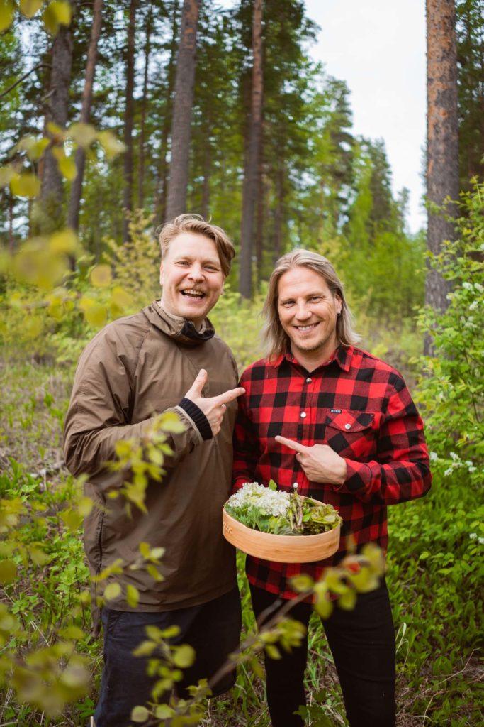 Sami Tallberg ja Sami Kuronen Punkaharjun metsässä.